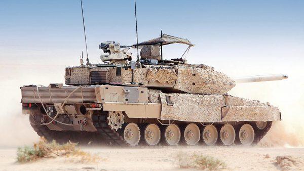 Танк «Леопард 2» в тех или иных модификациях состоит на вооружении почти всех стран Европы и некоторых других государств мира. Так, например Leopard 2A4 использует турецкая армия в войне против курдов