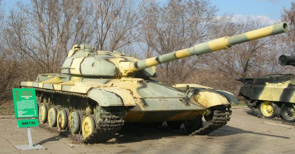 Когда советское танкостроение зашло в тупик в Харькове разработали и реализовали первый в мире общий боевой танк – Т-64. «Кобра» предназначалась для качественного усиления менее боеспособных машин и держалась в строгом секрете