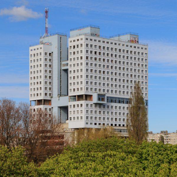 Начиная с 2008 года в Калининграде появилась группа «Дом Советов», которая борется за сохранение строения, как главного символа города. Пока им это удается по причине полного безразличия к постройке со стороны властей