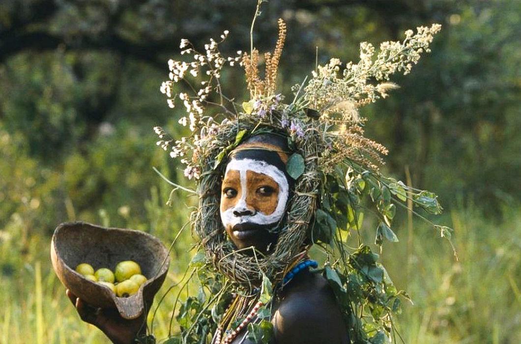 Некоторые дикие племена образовались в результате того, что люди пошли в лес и заблудились